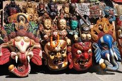 在Barkor街道卖的各种各样的西藏装饰品 图库摄影