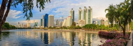 在Benchakitti公园,泰国的都市风景 免版税图库摄影