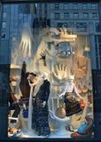 在Bergdorf古德曼的窗口显示NYC的 库存照片