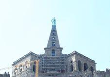 在Bergpark的赫拉克勒斯纪念碑建设中 免版税库存照片