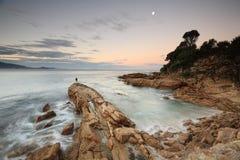 在Bermagui,南海岸澳大利亚的黄昏光 库存图片