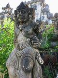 在Besakih寺庙的雕象在巴厘岛 免版税库存照片