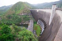 在Bhumibol水坝的发电站 库存图片