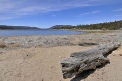 在Big Bear湖,加利福尼亚的看法 免版税图库摄影