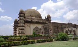 在Bijapur卡纳塔克邦的Golgumbaz 免版税图库摄影