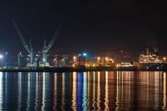 在blac海的夜口岸 免版税图库摄影