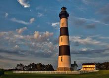 在Bodie海岛灯塔的早晨 免版税库存图片