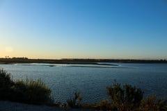 在bolsa chica沼泽地的日落 图库摄影