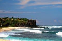 在Boucan Canot海滩,团聚的波浪 免版税库存照片