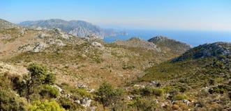 在Bozburun半岛的岩石地中海海岸线在Marmari附近 免版税图库摄影
