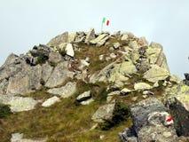 在Brenta白云岩的Cima Zeledria典型峰顶,  免版税库存照片