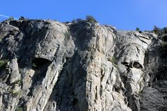 在Bridalveil右边的岩石落,优胜美地国家公园,加利福尼亚 库存照片