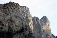 在Bridalveil左边的岩石落,优胜美地国家公园,加利福尼亚 免版税图库摄影
