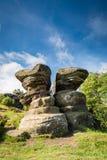 在Brimham的双岩石 库存照片
