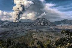 在Bromo natonal公园的破火山口 图库摄影
