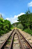 在Bt的一条前铁路轨道。Timah 免版税图库摄影