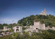 在bulgar veliko的tarnovo的Tsarevets堡垒著名地标视图 免版税库存图片