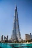 在Burj Khalifa,迪拜,阿拉伯联合酋长国的视图,在晚上 库存照片