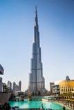 在Burj Khalifa,迪拜,阿拉伯联合酋长国的视图,在晚上 免版税库存照片