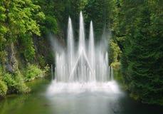 在Butchart庭院的喷泉 免版税库存图片