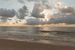 在Cabo Branco海滩-若昂佩索阿铅,巴西的日出 库存照片
