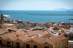 在Cagliary,撒丁岛的看法从上面 库存图片