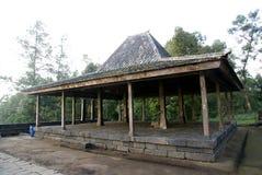 在Candi Cetho的传统房子joglo 库存图片