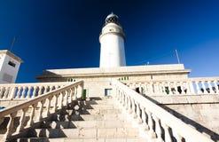 在Cap在海岛马略卡, Balaeric Islan上的de Formentor的灯塔 免版税库存照片