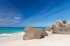 在Carana海滩的花岗岩冰砾Mahe海岛,塞舌尔群岛 库存图片