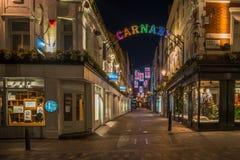 在Carnaby街,伦敦英国上的圣诞灯 免版税库存图片