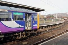 在Carnforth的类144柴油多单元火车 库存图片