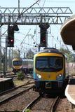在Carnforth的Desiro柴油多单元火车 免版税图库摄影
