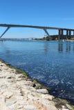 在Caronte运河, Martigues,法国的桥梁 免版税库存照片