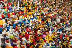在Cartoomics的乐高minifigures 2014年 免版税库存照片