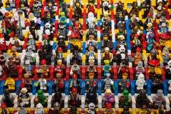 在Cartoomics的乐高minifigures 2014年 库存图片