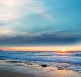 在Castelsardo岸的日落 免版税库存照片