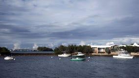 在Cavello上的风雨如磐的天空咆哮-百慕大2014年10月 免版税库存照片