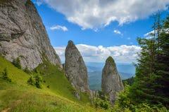在Ceahlau山的岩石lanscape,罗马尼亚 免版税库存图片