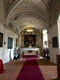 在Cesky Sternberk城堡内的圣Sebastian教堂,捷克 免版税库存照片