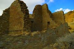 在Chaco峡谷的废墟 免版税库存照片