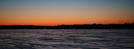 在Charlevoix密执安湖的日落 库存图片