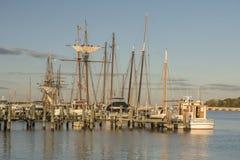 在Chestertown小游艇船坞的高船 库存照片