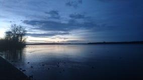 在Chiemsee的日落 图库摄影