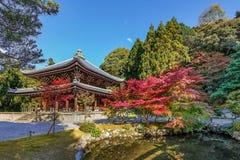在Chion在复合体的小寺庙在京都 免版税库存照片