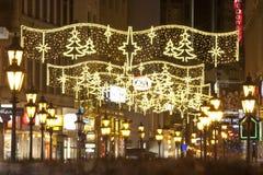 在christmastime的Vaci街道在布达佩斯 图库摄影