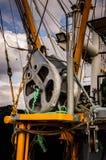 在Cinarcik镇口岸的捕鱼船  库存照片