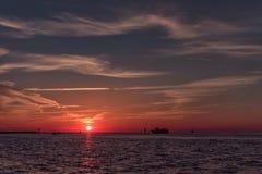 在Clearwater海滩,佛罗里达的日落 风景 海湾墨西哥 库存图片