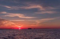 在Clearwater海滩,佛罗里达的日落 风景 海湾墨西哥 图库摄影