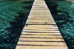 在Coldwater湖的走道 库存照片