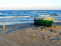 在Corbu海滩的剧烈的日落在黑海,罗马尼亚,一最美丽的处女海滩在欧洲 库存图片
